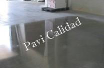 Obtenga suelos de hormigón pulido con Pavi Calidad